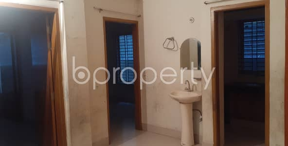 2 Bedroom Apartment for Rent in Riaj Uddin Bazar, Chattogram - A calming 1000 SQ FT home is up at Riaj Uddin Bazar at a very low price