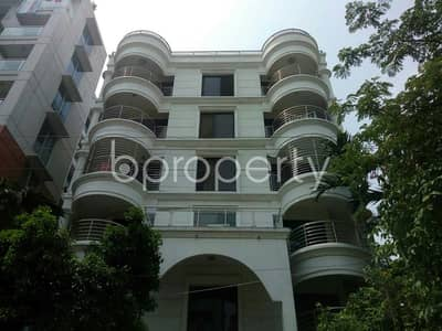 1950 SQ FT flat for sale in Bashundhara R-A near North South University