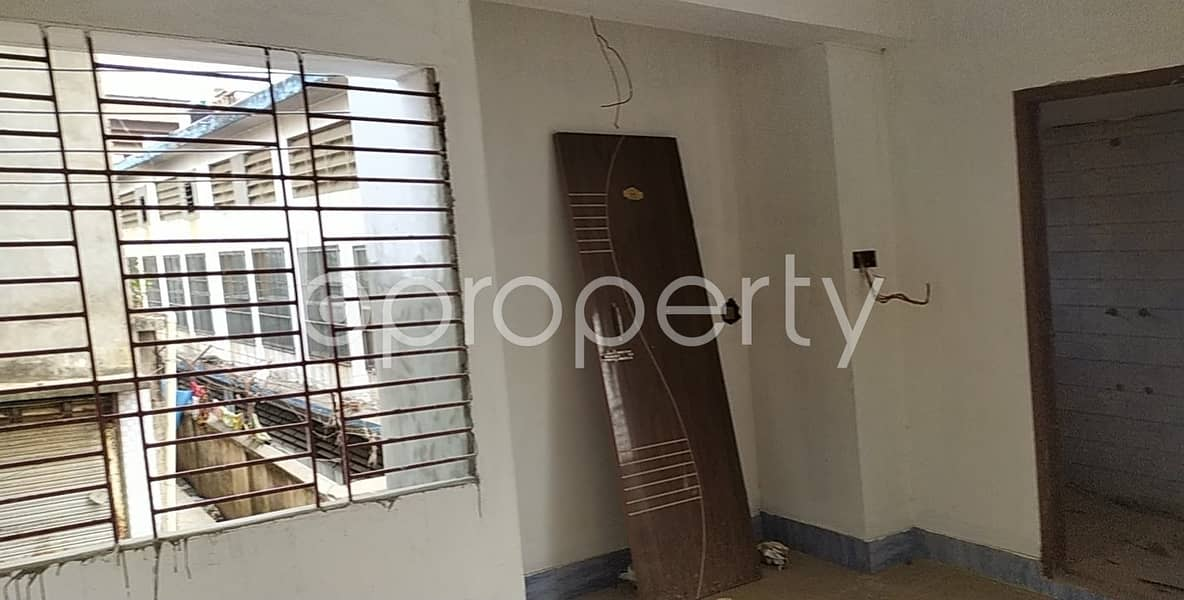 Buy This Nice Flat Of 1350 Sq Ft, Which Is Located At Gulshan R/a, Bayazid