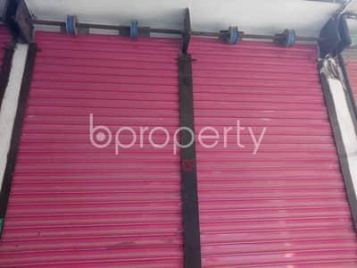 A Shop Is Up For Rent In Kuril Near Kuratoli Kendriya Jame Mosjid