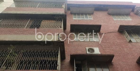 2 Bedroom Apartment for Rent in Kathalbagan, Dhaka - Grab A 500 Sq Ft Small Flat For Rent At Kathalbagan Free School Street.
