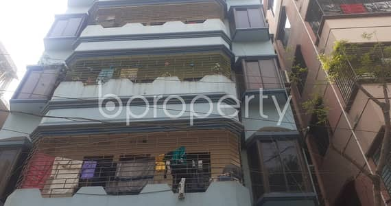 2 Bedroom Apartment for Rent in Mohammadpur, Dhaka - Affordable and nice flat is up for rent in Mohammadpur which is 750 SQ FT