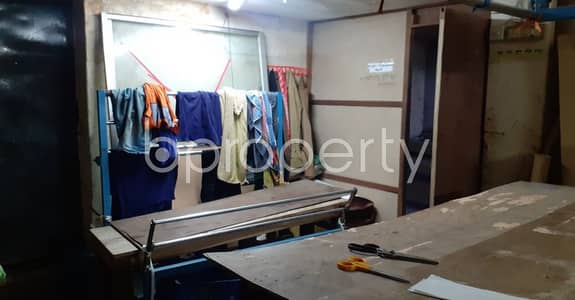 Shop for Rent in New Market, Dhaka - Commercial Shop Of 225 Sq Ft Is Up For Rent In Elephant Road