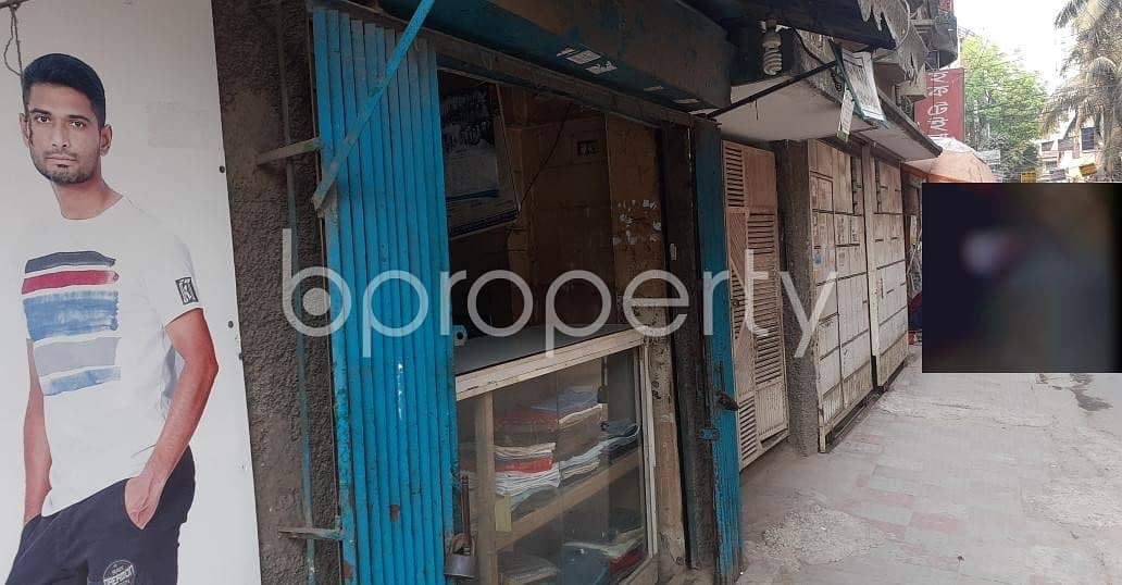 A 120 Sq. ft Shop Ready For Rent Beside To Nurjahan Road Masjid At Mohammadpur .
