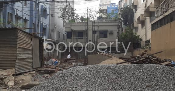 3 Bedroom Apartment for Sale in Uttara, Dhaka - For Sale Covering An Area In Uttara 5, A Flat Is For Sale.