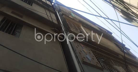 Nice 750 SQ FT apartment is available to Rent in Halishahar