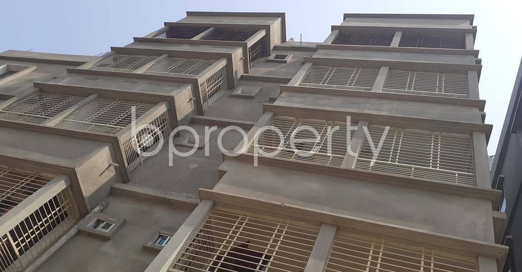 A convenient 1800 SQ FT residential flat is prepared to be rented at 10 No. North Kattali Ward