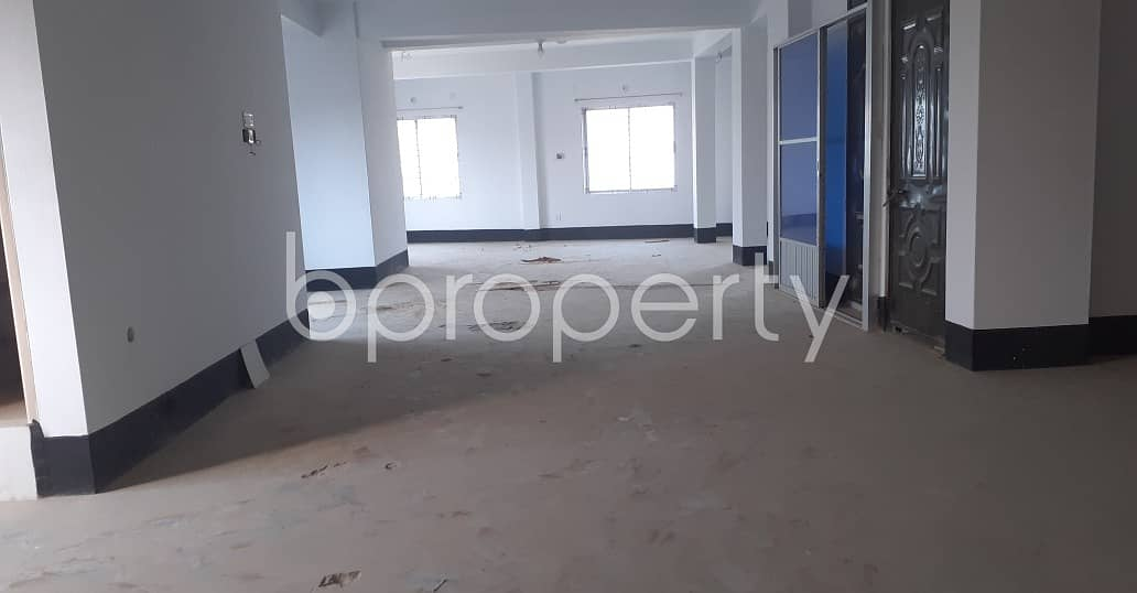 2000 Square Feet Large Commercial Apartment For Rent At South Chalabon.