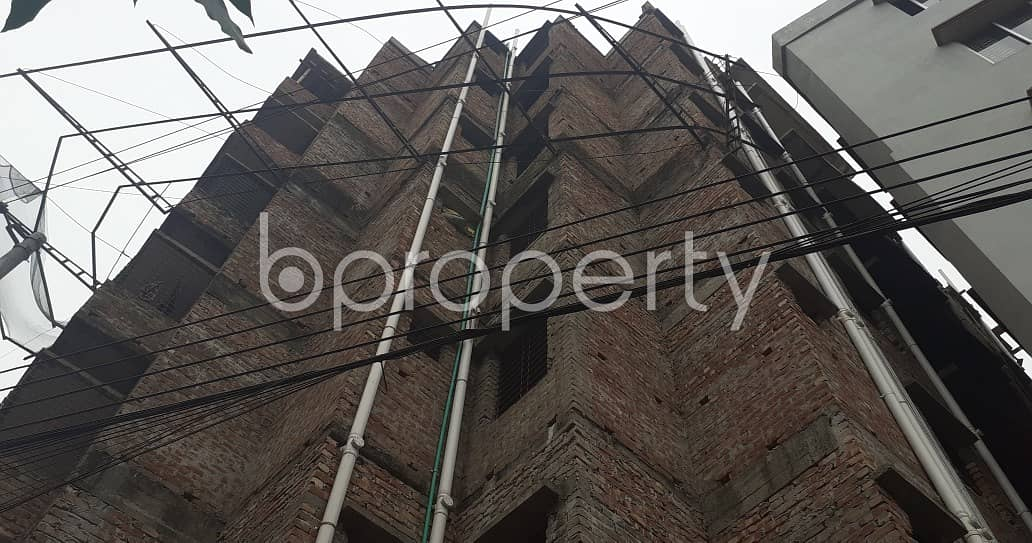 In The Location Of Middle Paikpara, Close To Paikpara Central Jame Masjid A Flat Is Up For Sale