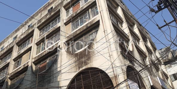 Shop for Sale in 31 No. Alkoron Ward, Chattogram - Grab This 100 Sq Ft Shop For Sale In Reazuddin Bazar