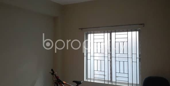 2 Bedroom Flat for Rent in 30 No. East Madarbari Ward, Chattogram - 2 Bedroom Remarkable Living Property For Rent With Satisfactory Price At East Madarbari.