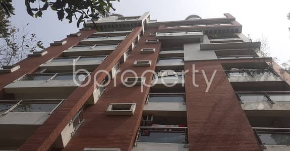 With 2000 Sq Ft, A Flat Is For Rent With Satisfactory Price In A Peaceful Environment Of Khulshi.