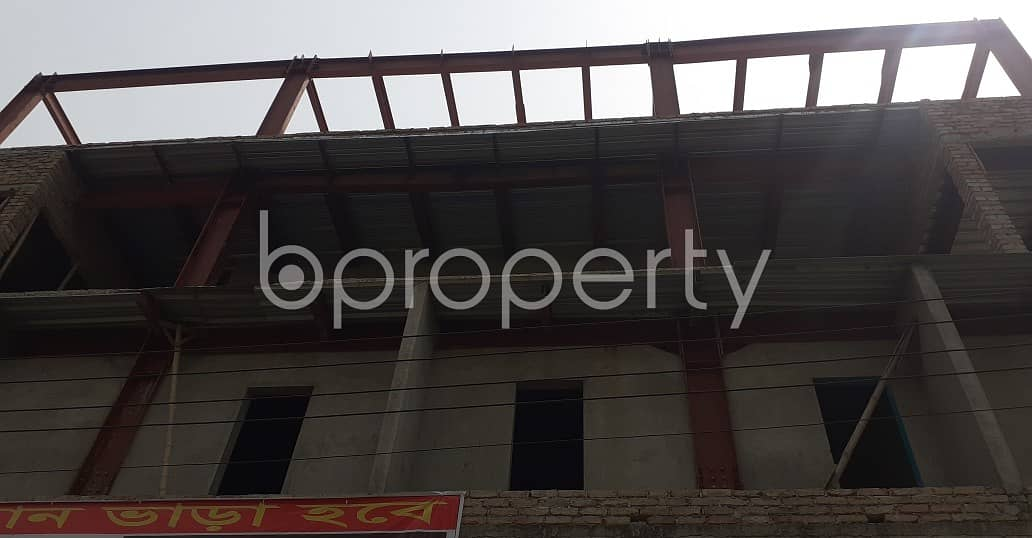 Bashundhara R-a Is Offering A 350 Sq Ft Commercial Space For Rent To Pick It For Your Next Shop