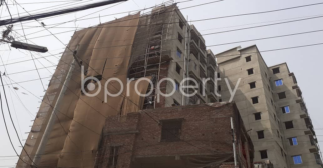 This 2 Bedroom Home In Halishahar Road Is Up For Rent In A Wonderful Neighborhood