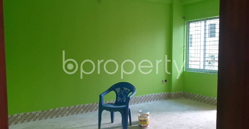 A Well Defined Flat Of 1270 Sq Ft In Dakshin Khan Is Available For Sale