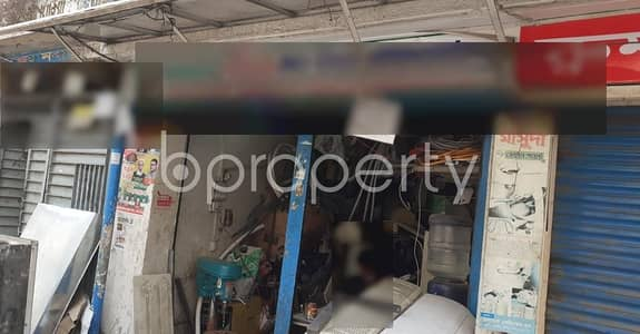 Shop for Rent in Dhanmondi, Dhaka - Check Out This 100 Sq Ft Commercial Shop For Rent In West Dhanmondi