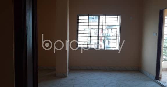 3 Bedroom Apartment for Rent in Kotwali, Chattogram - A Reasonable Apartment Of 1200 Sq Ft Is Waiting To Be Rented Next To Baitur Rahman Jame Masjid O Nurani Madrasa At Patharghata .