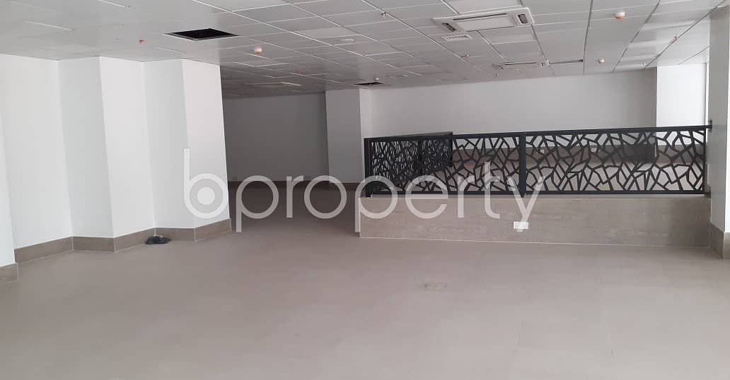 See This Office Space For Rent Located In Dhanmondi Near To Dhanmondi Law College