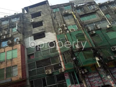 ভাড়ার জন্য এর দোকান - ১৬ নং চকবাজার ওয়ার্ড, চিটাগাং - At Chawkbazar 120 Sq Ft Shop Is Ready To Rent