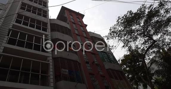 2 Bedroom Apartment for Rent in Lalmatia, Dhaka - An Apartment Of 800 Sq. Ft For Rent Is All Set For You To Settle In Lalmatia Close To Lalmatia Mohila College.