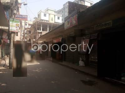 Shop for Rent in Gazipur Sadar Upazila, Gazipur - 450 Sq. ft Shop Is For Rent In Tongi Very Near To Amzad Ali Sarkar Pilot Girls' High School and College.
