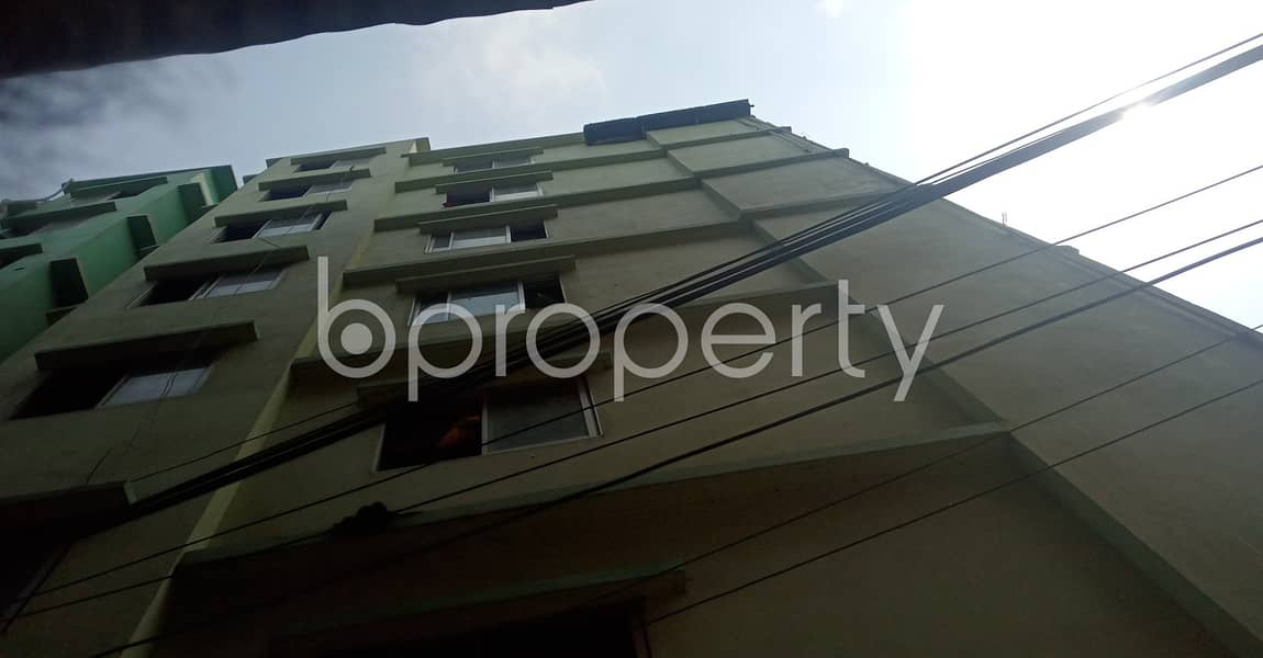 Nice 500 SQ FT home is available to Rent in South Halishahar Ward