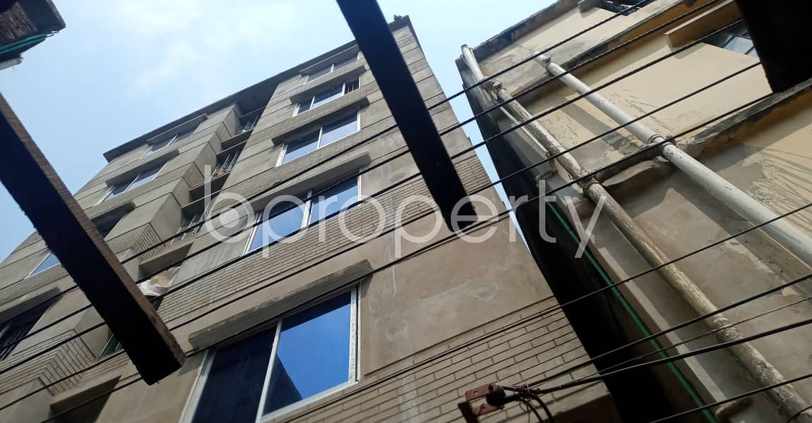 Nice 500 SQ FT home is available to Rent in Bandartila