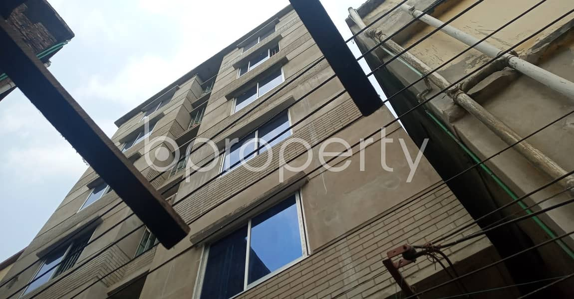 Ready 500 SQ FT flat is now to Rent in 39 No. South Halishahar Ward