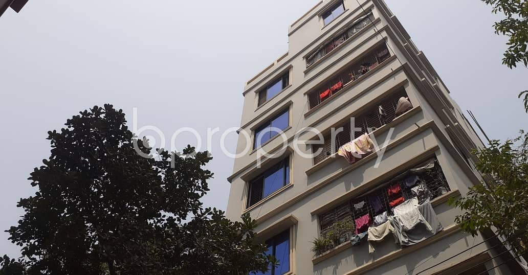 Beautifully constructed 650 SQ FT apartment is available to Rent in 26 No. North Halishahar Ward