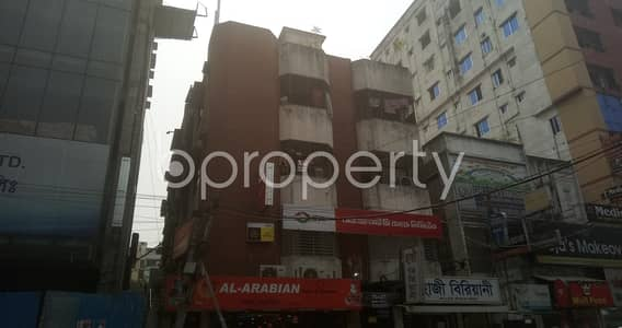 Office for Rent in Mohammadpur, Dhaka - Strongly Designed 1300 Sq Ft Office Is For Rent In Tajmahal Road With Satisfactory Price.