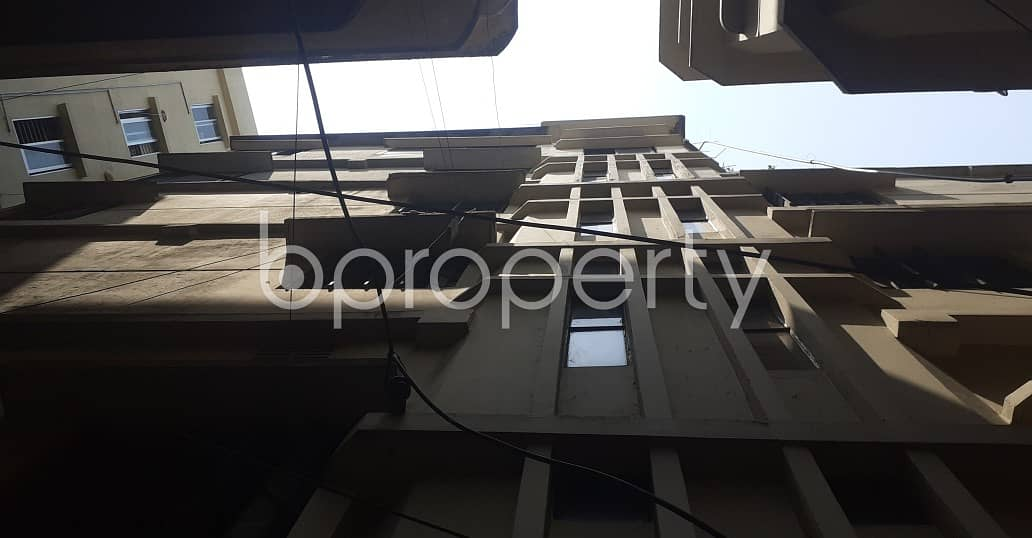 900 Sq. ft Decent Apartment Ready For Rent Next To Nasirabad Govt Girls High School .