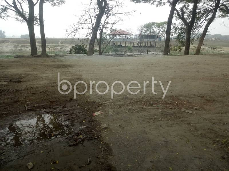 4 Katha Large Residential Plot For Sale In The Location Of South Keraniganj