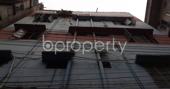 3 Bedroom Flat for Rent in Hazaribag, Dhaka - Built With Modern Amenities, Check This 3 Bedroom Flat For Rent In The Location Of Ganaktuli Road.