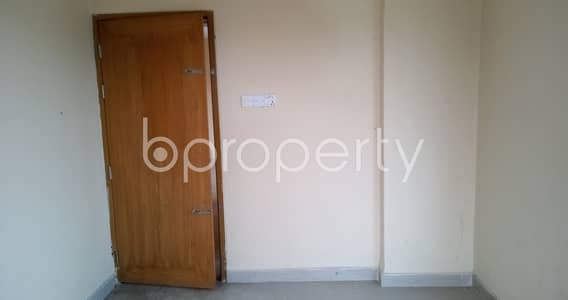 2 Bedroom Flat for Rent in Bayazid, Chattogram - Comfy Home Is Vacant For Rent Now In Bayazid, Featuring 900 Sq Ft Space