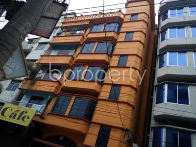 3 Bedroom Apartment for Rent in Halishahar, Chattogram - Make this 1400 SQ FT flat your next residing location, which is up to Rent in Halishahar near Halisahar Cantonment Public School & College