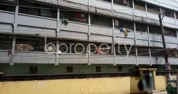 2 Bedroom Apartment for Rent in Hathazari, Chattogram - A Nice 700 Sq. Ft House Is Available For Rent At 1 No. South Pahartali Ward , With An Affordable Deal.