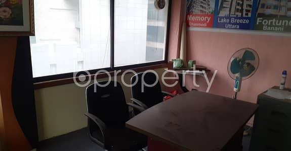 ভাড়ার জন্য এর অফিস - ধানমন্ডি, ঢাকা - This Nice Budget Friendly Commercial Office For Rent In Dhanmondi.