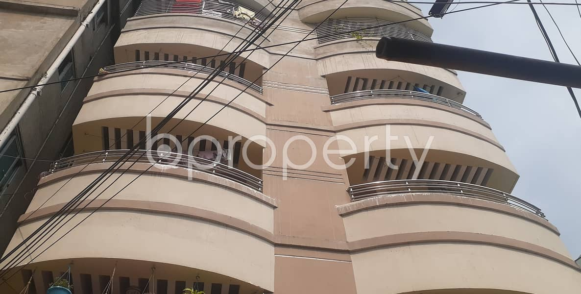 This Comfy Flat Is Vacant Right Now For Rent Located In Kazir Dewri, Which Is 700 Sq Ft
