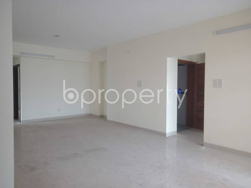 Comfy Flat Covering An Area Of 2500 Sq Ft Is Up For Rent In Sugandha Residential Area