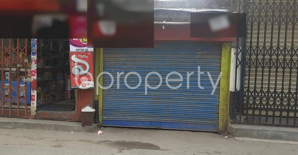 100 Sq. ft Commercial Shop Is For Rent In Hazaribag Close To Rayer Bazar High School.