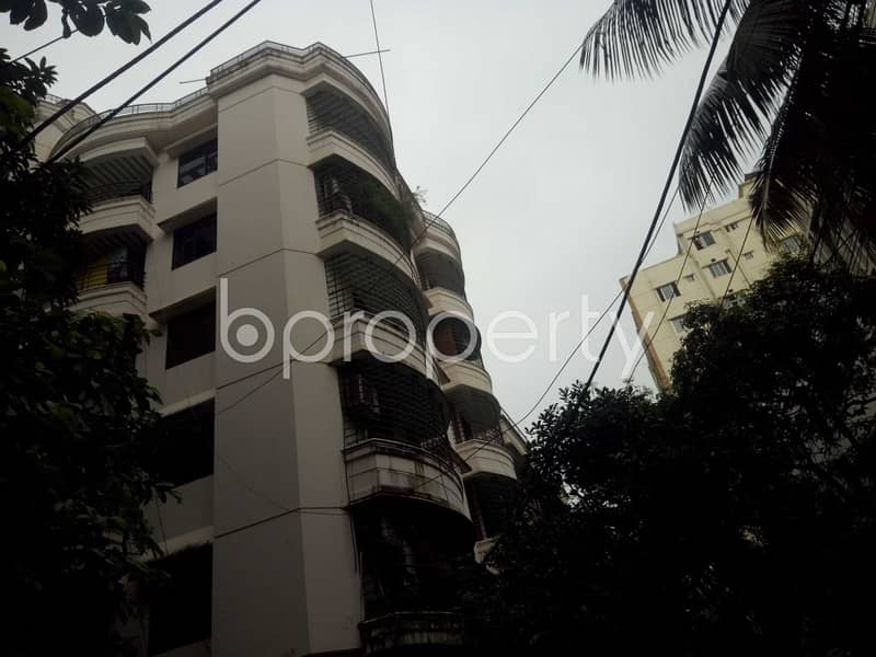 Worthy 1400 SQ FT Nice home is ready to Rent at Panchlaish
