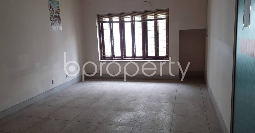 2200 Sq Ft Office Area Is For Rent In Dhanmondi