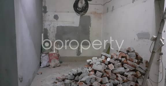 Shop for Rent in Bangshal, Dhaka - Amazing 110 Sq Ft Commercial Shop Is For Rent In Bangshal
