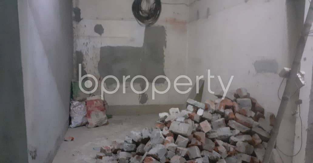 Shop Of 110 Sq Ft Is Up For Rent In Bangshal