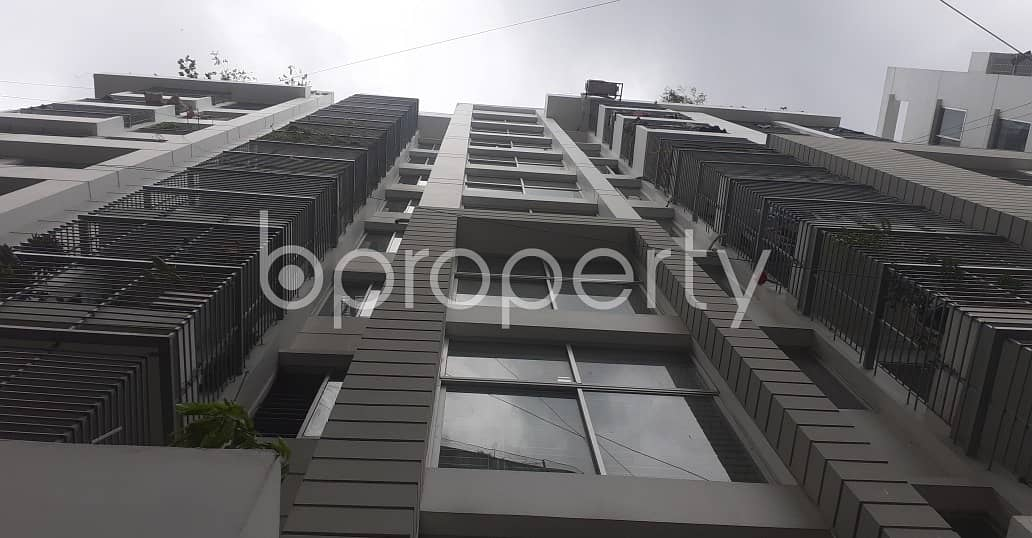 Modern Living Space Of 1400 Sq Ft Is Up For Rent In Dampara