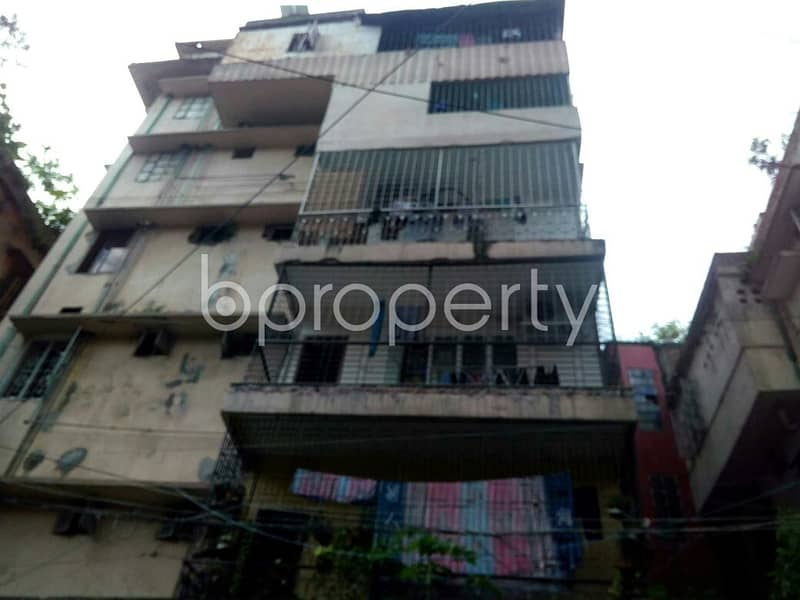 Reside Conveniently In This Comfortable 550 Sq. Ft -2 Bedroom Flat For Rent At Kathalbagan .