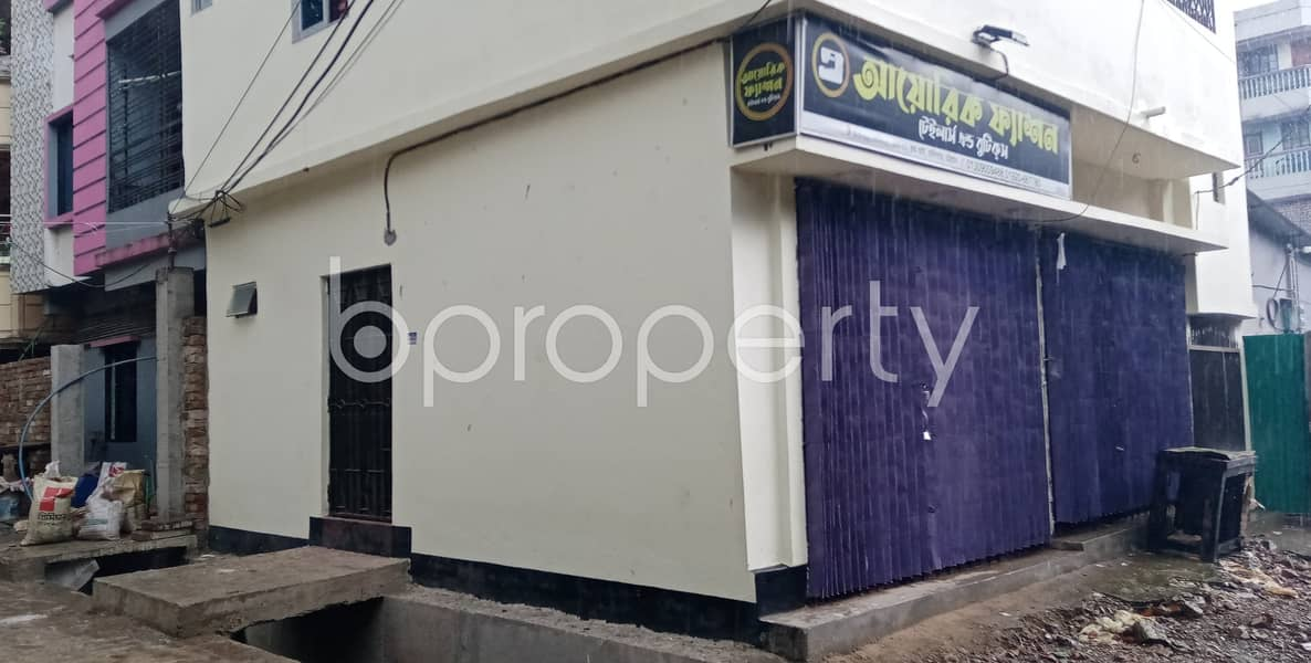 Examine This 100 Sq Ft Commercial Shop Ready For Rent At Halishahar