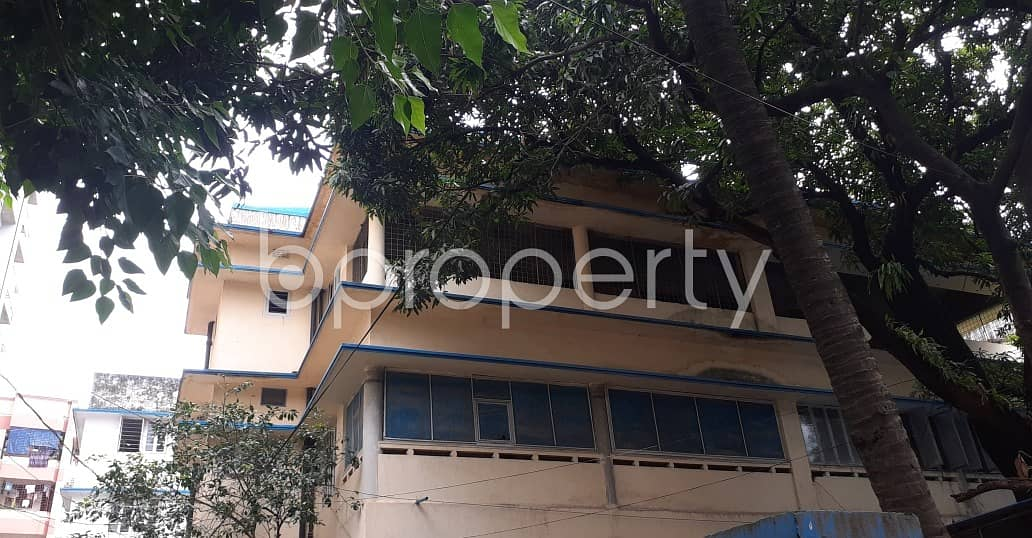 Grab This 2200 Sq Ft Office For Rent In Dhanmondi
