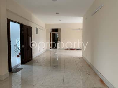 4 Bedroom Flat for Rent in Bashundhara R-A, Dhaka - Residential Inside