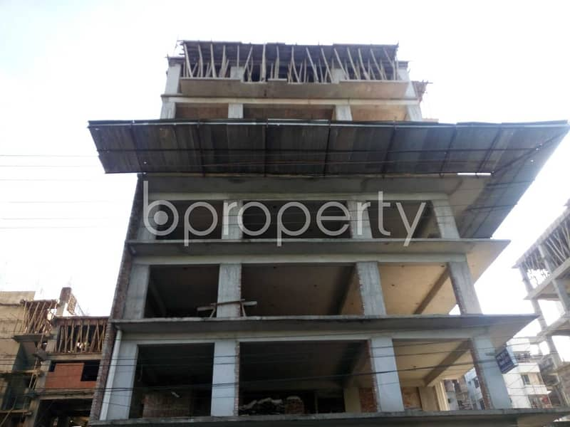 An Office Space Is Vacant For Sale Located In Banasree Near To Faizur Rahman Ideal Institute .